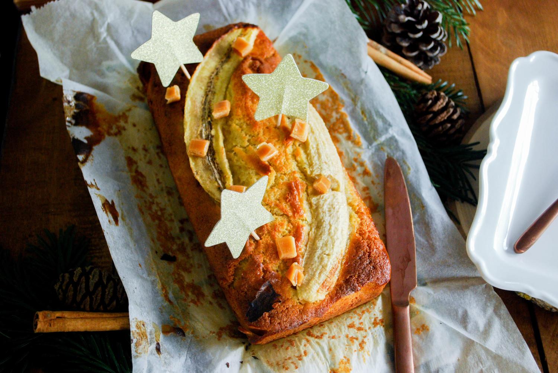 Cake moelleux à la banane & caramel beurre salé